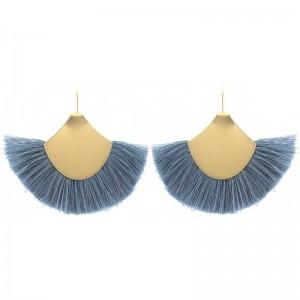 Pendientes en metal chapado dorado con fleco en azul