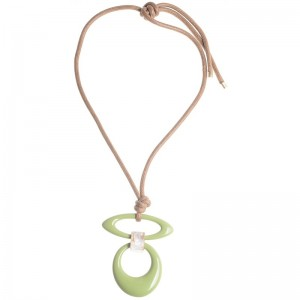 Collar largo con colgante de resina en tonos verde