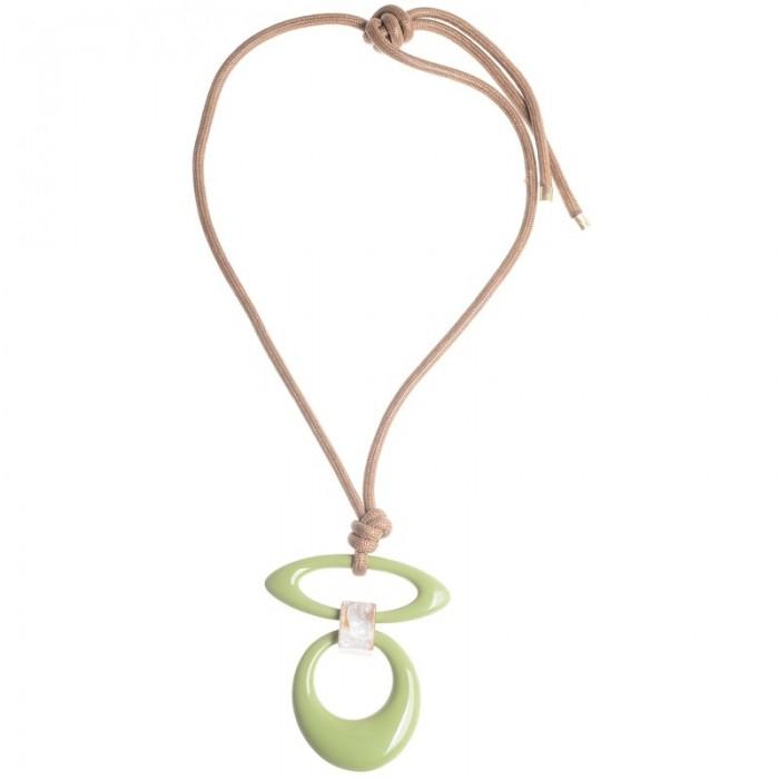 6000379184f8 Collar largo con colgante de resina en tonos verde - Cucada moda y ...