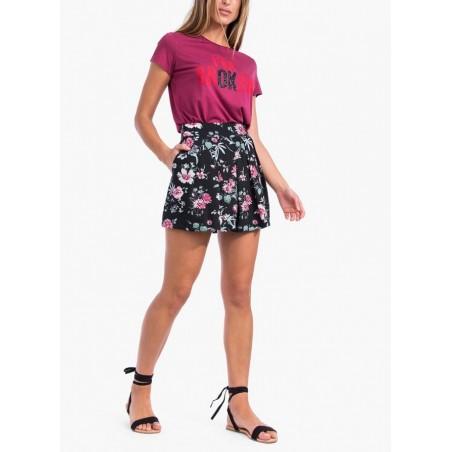 Pantalón corto con estampado floral de la marca Tiffosi