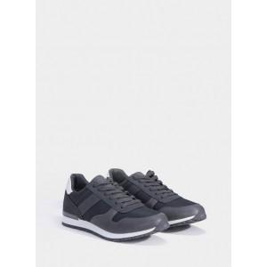 Zapatillas para chico de la firma Tiffosi