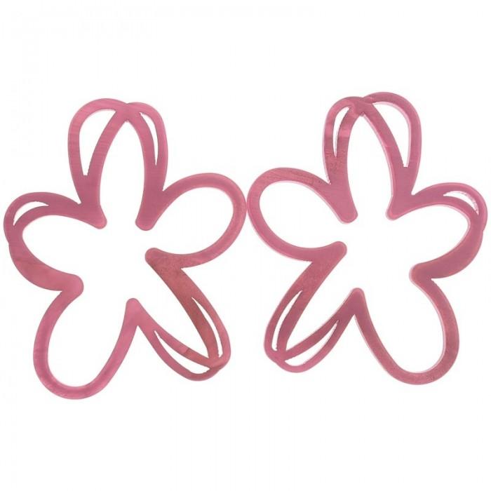Pendientes de resina en forma de flor calada color fucsia