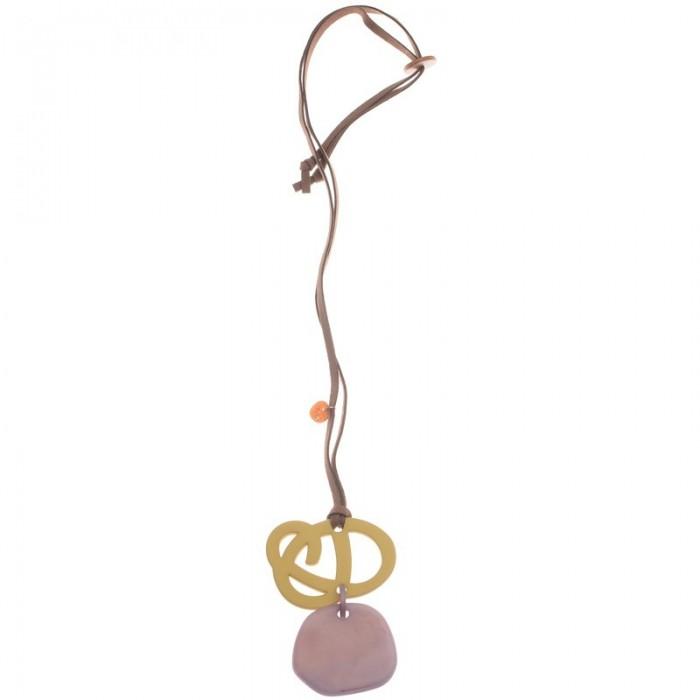 Collar largo con flor en metal chapado y pieza de resina