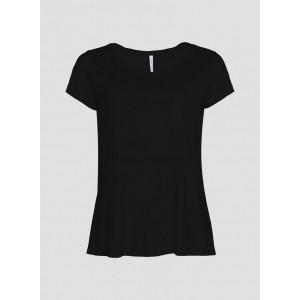 Camiseta básica con cuello redondo y bolsillo