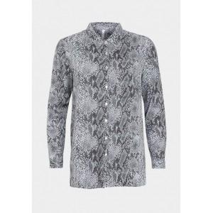 Camisa larga con estampado de serpiente en tonos grises