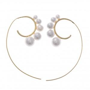 Pendientes de plata chapada dorado en forma de espiral con perlas