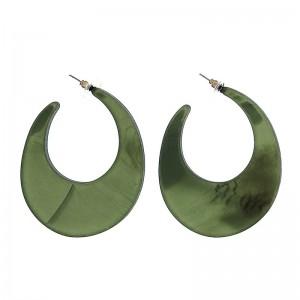 Pendientes de aro de resina en color verde