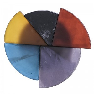 Broche con forma de circulo abstracto en resina