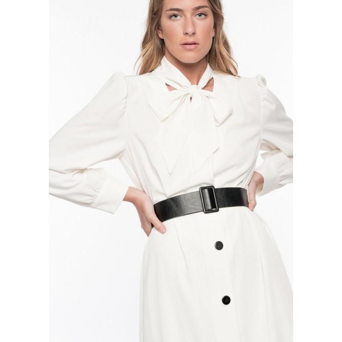 Vestido con cinturon