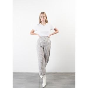 Pantalón culotte en blanco con estampado geométrico