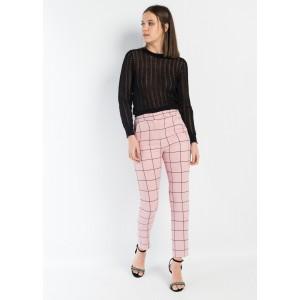 Pantalón pitillo en rosa con cuadros