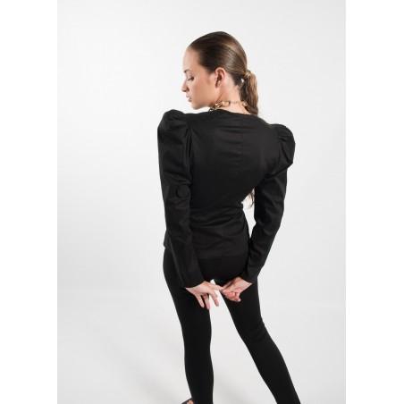 Camisa con gran lazada en la cintura