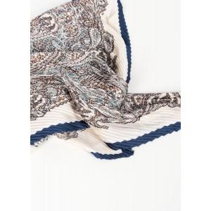 Pañuelo estampado plisado