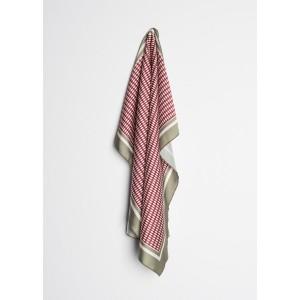 Pañuelo tipo seda estampado