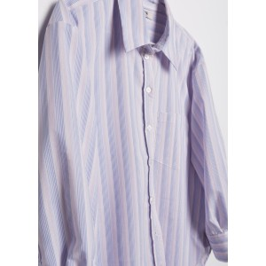 Camisa de corte masculino con rayas