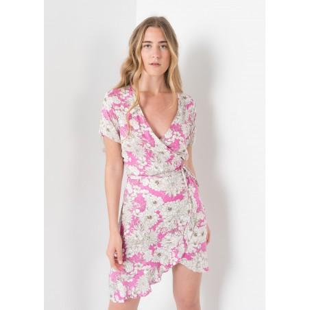 Vestido corto estampado en flores