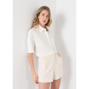 Camisa corta de lino en color crudo